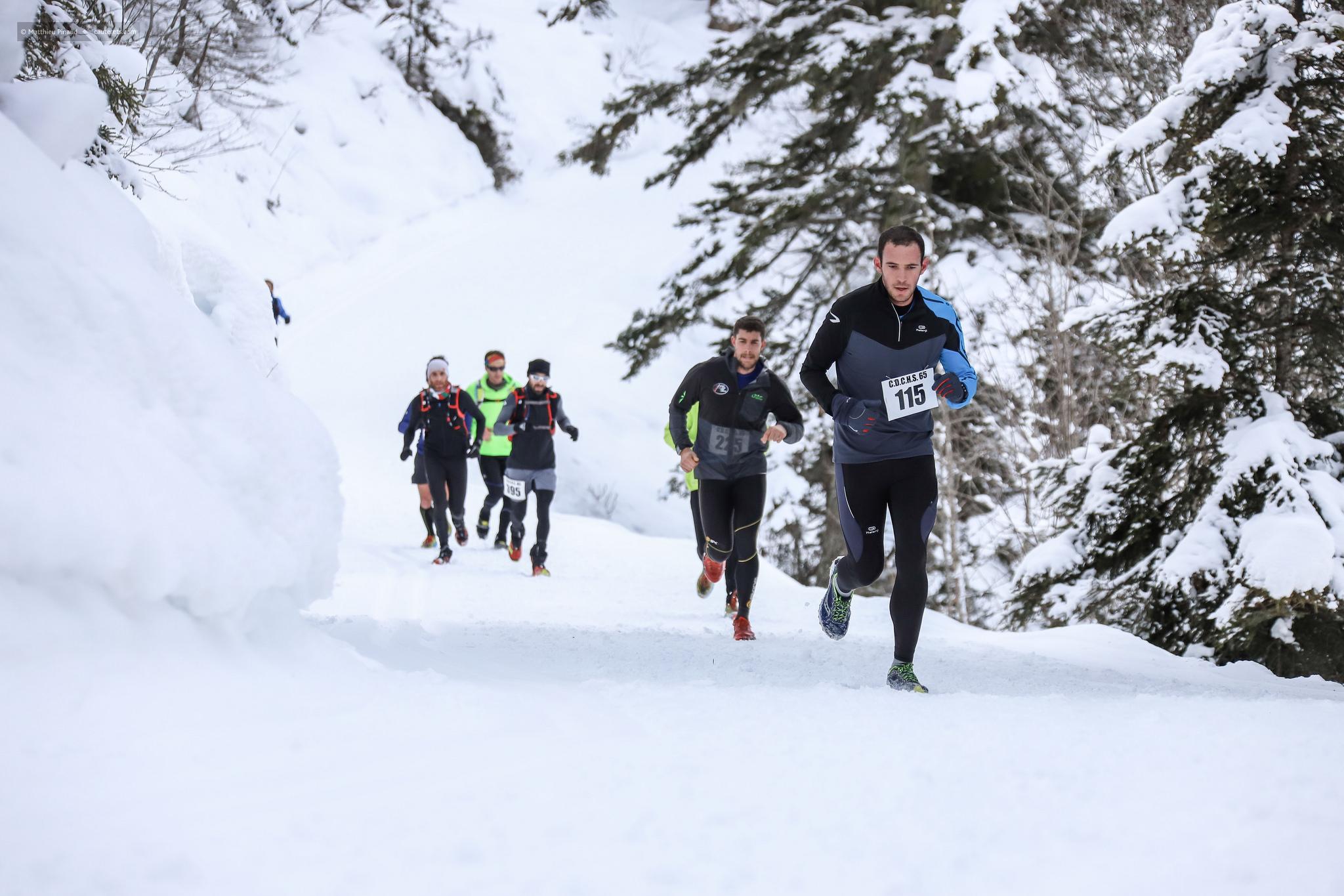 Trail Blanc Race Cauterets Club Athletique Du Vignemale Courses Du Grand Vignemale Trail Blanc Du Pont D Espagne Course Du Pic Du Cabaliros